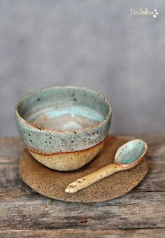 reserved for Elisabeth, ceramic stele in turquoise and white + 2 glass birds – Keramik Projekte Pottery Bowls, Ceramic Pottery, Pottery Art, Slab Pottery, Thrown Pottery, Pottery Wheel, Ceramic Spoons, Ceramic Clay, Porcelain Ceramics