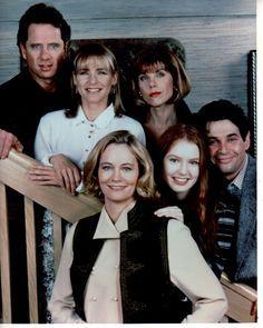 Cybill (TV Series 1995–1998).jpg