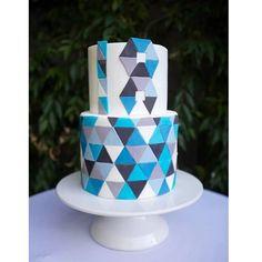 Geometric 18th Cake! #sweetbakes #cake #18 #birthday #whitemudandraspberry