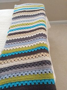 Free pattern by called Cosy Stripe blanket. Very easy & looks great in any color combo. Free pattern by called Cosy Stripe blanket. Very easy & looks great in any color combo. Motifs Afghans, Afghan Crochet Patterns, Knitting Patterns Free, Free Pattern, Crochet Afghans, Easy Knitting, Sewing Patterns, Easy Patterns, Crochet Granny