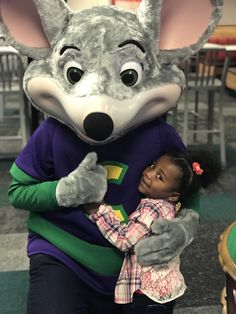 If you haven't been in awhile, you need to check out the new and improved Chuck E. Cheese's. Happy Mom, Happy Kids, Dinosaur Birthday Party, Birthday Parties, Parenting Toddlers, Parenting Tips, Chuck E Cheese, Terrible Twos, Diy Birthday Decorations