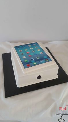 Apple iPad iPhone Cake More