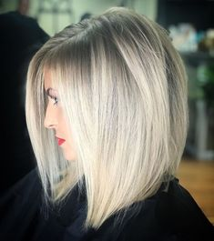In this article, we will discuss some Popular Bob Hairstyles 2019 that you will like! Salt and pepper angled bob is a great hairstyle. Hairstyles medium Popular Bob Hairstyles 2019 - The UnderCut Trending Hairstyles, Short Bob Hairstyles, Cool Hairstyles, Hairstyles 2018, Hairstyle Ideas, Hairstyles For Women, Hair Ideas, Grey Hairstyle, Medieval Hairstyles