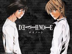 Death Note est un manga à la fois sombre et psychologique. Light, un lycéen, découvre le carnet d'un dieu de la mort. Tous ceux dont le nom est inscrit sur ce carnet sont condamnés à mourir. Un duel s'engage, alors, entre Light, le justicier et L, un mystérieux enquêteur. Une très bonne série avec beaucoup de suspense.