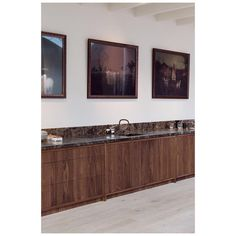 Once again @eginstillamsterdam designed and built this high-end tailor made kitchen with American Walnut and Emperador dark marble working top specially for The Loft. We love it! Thank you @eginstillamsterdam!!! #entertheloft #theloftamsterdam #eginstill #handmade #marble #walnut
