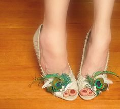 Peacock Feather Shoe Clips by FeatheredDesigns on Etsy, $40.00