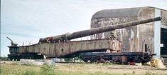 Gun Krupp - Photo album - The Krupp 5 (E), in short was a heavy railway gun used by Germany throughout World War II - English Railway Gun, Rail Car, Old Trains, Big Guns, Military Weapons, Military Equipment, German Army, Panzer, Armored Vehicles