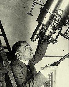 Momentos que han dejado marca: El 3 de febrero de 1921, en España, el astrónomo catalán José Comas y Solá descubre el asteroide (945) Barcelona.