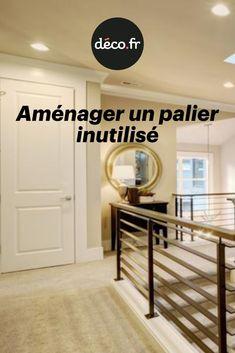 Il est courant de voir, dans une maison ou dans un appartement en duplex, de l'espace perdu au niveau du palier, juste en haut de l'escalier. Pourtant, avec un peut d'imagination, cet espace peut s'avérer très utile. La rédac' de Déco vous montre comment aménager un palier laissé à l'abandon vite fait, bien fait ! Abandon, Duplex, Imagination, Home Decor, Landing, Outer Space, Tips, Watch, Top