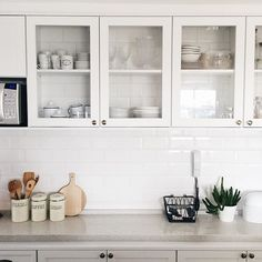All white #scandinaviankitchen