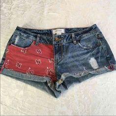 Bandana Pocket Denim Shorts NWOT Size 24 Forever 21 Shorts Jean Shorts