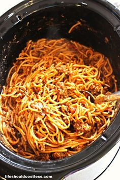 CrockPot Spaghetti. 5 minutes prep and only two hours to cook. It tastes so much better this way! {lifeshouldcostless.com}