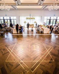Creative Wedding Dance Floor Designs You Need To Bookmark Now Cheap Laminate Flooring, Hall Flooring, Flooring Store, Vinyl Flooring, Bathroom Flooring, Flooring Companies, Flooring Options, Flooring Ideas, Dance Floor Wedding