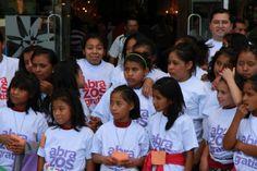 100k abrazos gratis en #Miraflores