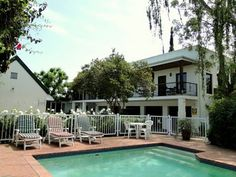 Situated in the heart of historic Stellenbosch, in the Western Cape, Fynbos Villa Guest House is the perfect place to base yourself when in the Cape Winelands. www.dreamgolfjob.co.za
