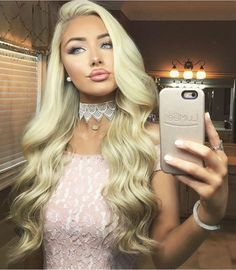 Romantic hairstyles , which are among the 2019 hair trends, include beautiful models that you can choose for both daily life, private events and business life. If you are bored of tight buns, straight hair or ordinary. Romantic Hairstyles, Pretty Hairstyles, Wedding Hairstyles, Chica Cool, Barbie Hair, Barbie Doll, Natural Hair Styles, Long Hair Styles, Hairstyle Ideas