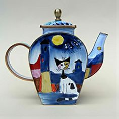 Teapot by Goebel (design by Rosina Wachtmeister) Goebel Figuren, Cute Teapot, Teapots Unique, Tea Pot Set, Teapots And Cups, Tea Art, Chocolate Pots, My Tea, Tea Ceremony