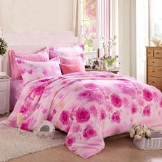 Create a nice sleep oasis with the romantic pink rose bedding sets. These girls pink rose pattern bedding sets are perfect for year-round use, It provides the ultimate in comfort. This combination will enrich your bedroom with romantic style. Girls Bedroom Sets, Pink Bedroom Decor, Pink Bedrooms, Girl Bedroom Designs, Shabby Chic Bedrooms, Teen Girl Bedrooms, Bedroom Furniture Sets, Dream Bedroom, Bedroom Flowers