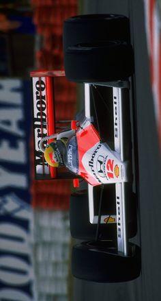 (°!°) 1988 McLaren MP4/4