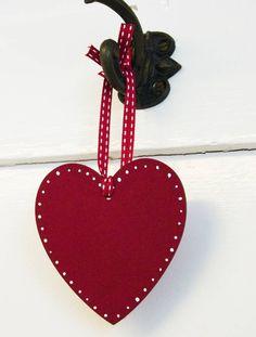 Hand Painted Shaker Heart