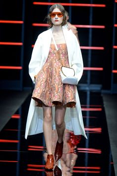 See all the looks from the show Fall Trends, Emporio Armani, Fashion News, Fall Winter, Collection, Beautiful Things, Photos, Women, Pictures