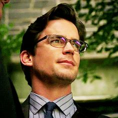 Discover & Share this Neal Caffrey GIF with everyone you know. GIPHY is how you search, share, discover, and create GIFs.
