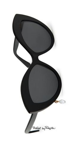 good to know Ray Ban Sunglasses for 2017 summer! More than half off! Sunglasses Outlet, Ray Ban Sunglasses, Sunglasses Women, Summer Sunglasses, Fendi, Gucci, Cool Glasses, Eye Glasses, Aviator Glasses