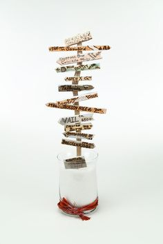 Custom Ski/Snowboard gift, personalized centerpiece with bucket list driftwood signs | Destination Tree