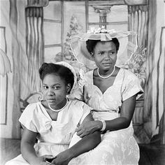 Friends (Mary and Margaret), Ever Young Studio, Accra, c.1953