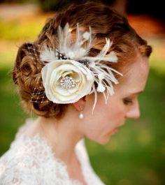 Bridal Hair Fascinator Woodland Wedding Headpiece by YJDesign Bridal Hair Fascinators, Floral Fascinators, Fascinator Hairstyles, Bridal Hair Flowers, Feather Headpiece, Headpiece Wedding, Feather Hair, Flower Headpiece, Flower Hair Accessories