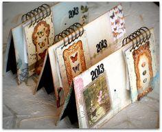 Un  calendario de Scrap, a través del Blog Natural Scrap.  http://naturalscrap.blogspot.com.es/2013/01/talleres-de-enero-en-natural-scrap.html