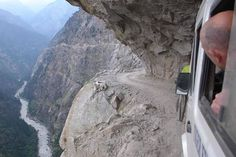 22 Most Dangerous Roads in The World Worth Avoiding. The Himalayan Roads Photo credit: www.metro.co.uk You would have to be brave of heart to even attempt to travel on this road. As you can see from the image above, negotiating the sharp narrow turns on the Himalayas is no easy task. It doesn't matter what you are driving, you'd be mad to travel here.