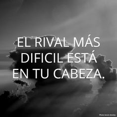 Autoayuda y Superacion Personal Quotes To Live By, Me Quotes, Motivational Quotes, Inspirational Quotes, Quotes En Espanol, Frases Tumblr, Les Sentiments, More Than Words, Spanish Quotes