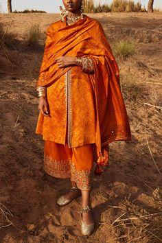 Orange bandhani kurta set designed by Anita Dongre at AASHNI+CO. Anita Dongre, Orange