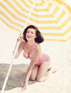 This woman on the beach: | 21 Things You Won't Be Able To Stop Looking At