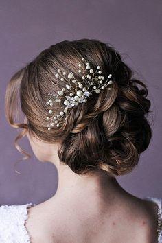 Wedding Hair Comb Bridal Hair Comb Decorative Comb Crystal Hair Comb Bridal Hair Piece Bridal Headpiece Bridal Head Piece / http://www.deerpearlflowers.com/wedding-hairstyle-with-bridal-headpieces/