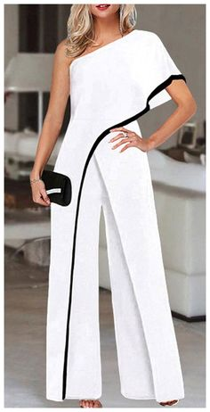 Classy Outfits, Chic Outfits, Elegante Jumpsuits, Jumpsuit With Sleeves, Mode Outfits, Fashion Looks, Fashion Tips, Women's Fashion, 2000s Fashion