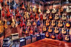 Guitar shop Showroom Design, Shop Interior Design, Store Design, Guitar Storage, Guitar Display, Guitar Wall, Guitar Room, Music Man Cave, Music Furniture