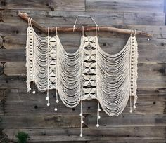 Cotton, Leather, Oak Branch foraged in Topanga Canyon State Park off the infamous Backbone Trail Dimensions: 49 long by 58 wideMelissa Flynn Art by canyongirlartMacrame wall hanging with a modern twistNiveau – Ece Yavaşca – Join the world of pin Etsy Macrame, Macrame Art, Macrame Design, Macrame Projects, Macrame Knots, Art Macramé, Macrame Curtain, Hanging Mobile, Macrame Tutorial
