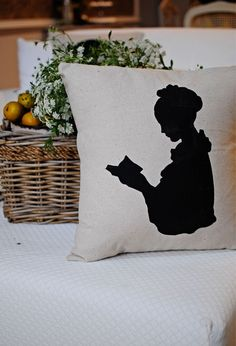 Love this sillouette pillow!