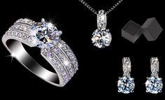 Impreziosisci e illumina il tuo look con gli accessori Diamond con SWAROVSKI ELEMENTS, o regalali a una persona speciale