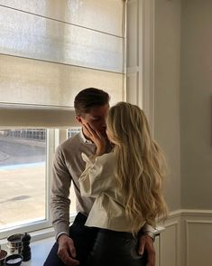 The inspo that you need. Relationship Goals Pictures, Cute Relationships, Cute Couples Goals, Couple Goals, Parejas Goals Tumblr, The Love Club, Couple Aesthetic, Boyfriend Goals, Young Love