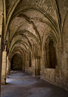 Passage Of Krak des Chevaliers, Homs, Syria by Eric Lafforgue, via Flickr