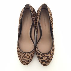 Banana Republic Pumps - Size 7.5 Brown leopard print pumps.  Never worn. Banana Republic Shoes Heels