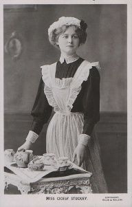 this image here is a clear picture of the maid. it shows young pretty women in proper maid clothing. it important because it should how she looks and what mondern time maid dress like. Vintage Pictures, Old Pictures, Old Photos, Edwardian Era, Edwardian Fashion, Victorian Maid, Maid Uniform, Vintage Photographs, Fashion History