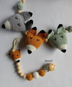 Ravelry: Fox head pattern by D de Bie Newborn Toys, Baby Toys, Toddler Toys, Crochet Wool, Crochet Baby, Friendly Fox, Fox Head, Fantastic Baby, Easy Crochet Patterns