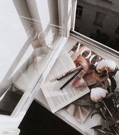 Find images and videos about beauty, aesthetic and makeup on We Heart It - the app to get lost in what you love. Boujee Aesthetic, Aesthetic Photo, Aesthetic Pictures, Makeup Aesthetic, Aesthetic Collage, Aesthetic Bedroom, Collage Mural, Fall Inspiration, Fotos Do Instagram