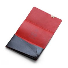Beautiful Leather Wallet Syosa-Made from a sheet of leather has non stitched design held together with only one nut/bolt.