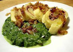 Bramborová roláda se dvěma náplněmi, špenát ............http://www.receptyonline.cz/recept--bramborova-rolada-se-dvema-naplnemi-spenat--19511.html