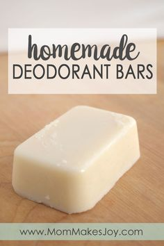 Making your own homemade deodorant bars is super easy! These contain all natural ingredients like coconut oil and shea butter, and they actually work! | DIY Bath and Body | Natural Living | Home Remedies | Crunchy | Mom Makes Joy
